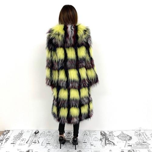 cpss509-vo1-cappotto-in-volpe-tricot-con-effetto-quadri-gialli-6425