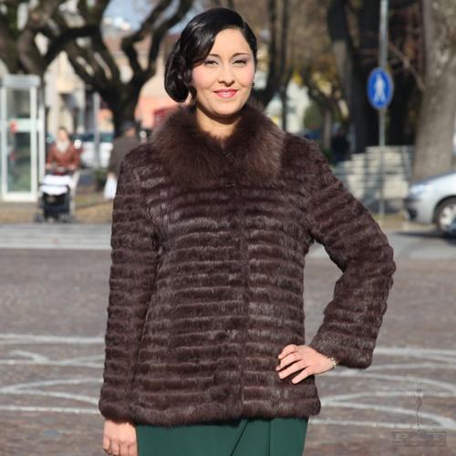 lpcz596-lp5vo-giacca-in-lapin-filettato-con-collo-in-volpe-1681